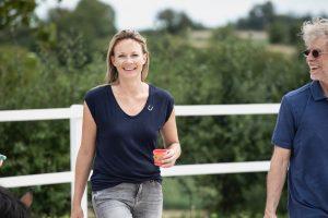 Brita Nerz Systemischer Coach mit Pferd