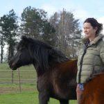Teilnehmerin im Pferdegestützten Coaching