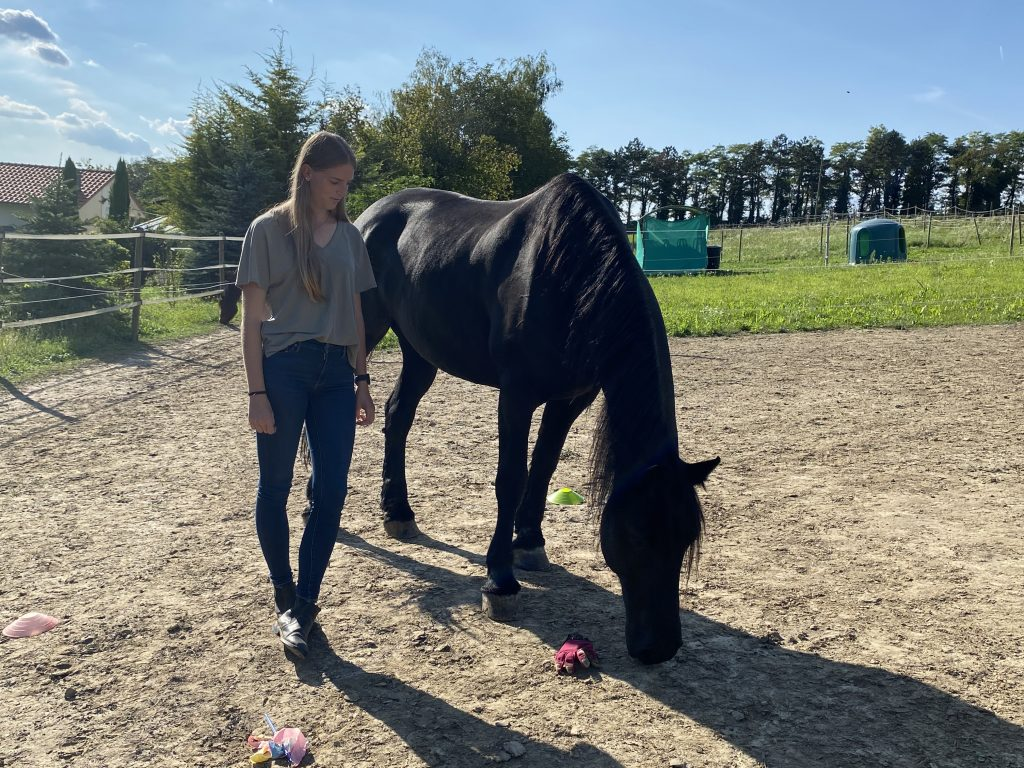 Christina mit Pferd